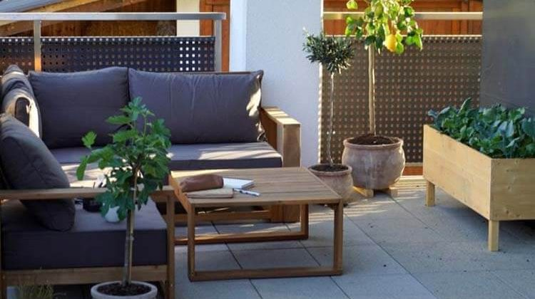 How To Care For Acacia Wood Outdoor Furniture