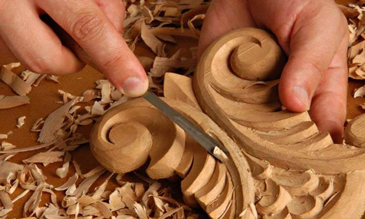 How To Carve Designs Into Wood 3 Techniques To Try