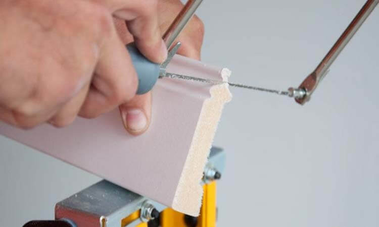 How To Cut Skirting Board With Hand Saw Quick Tips