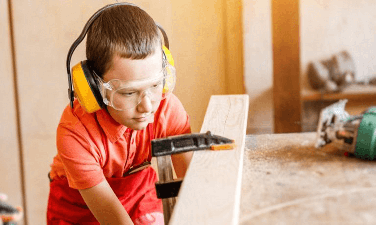 How To Learn Wood Carving At Home