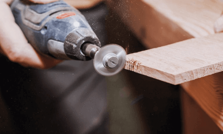 How To Use A Rotary Tool For Carving