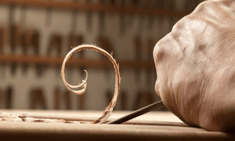 How To Use A Skew Chisel For Carving