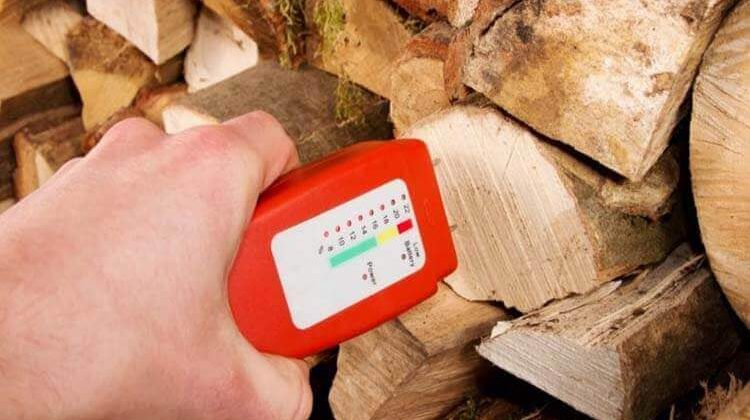 The 7 Best Wood Moisture Meters For Woodworking