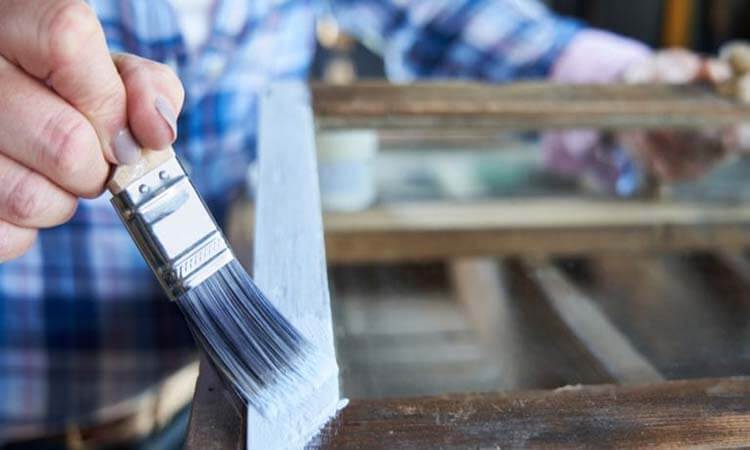 What Kind Of Paint Is Best To Use On Wood Furniture